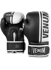 VENUM SHIELD PRO BOXING GLOVE
