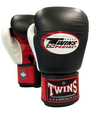 BOXING GLOVE TWINS