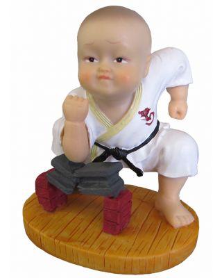 Karate Figur Bruchtest